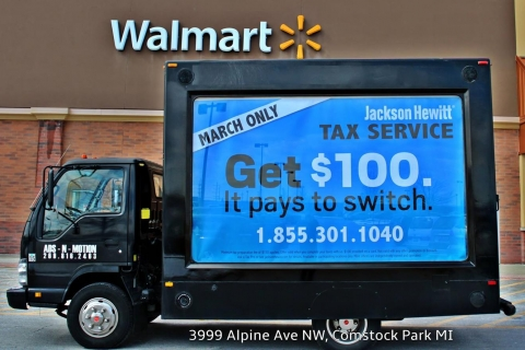 Three Ways that Mobile Billboard Trucks from Ads-N-Motion Garner Attention